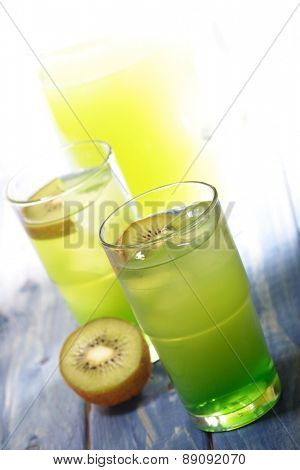 Close upof kiwi drink - studio shot