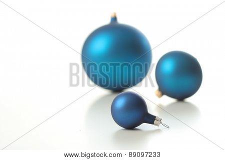 Christmas glass ball - broken