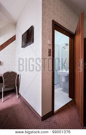 Open Door To Toilet