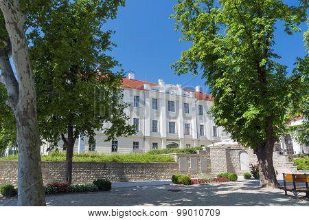 Hotel In Balatonfured