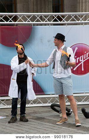EDINBURGH - AUGUST 15: Street performers at the fringe festival, on August15, 2015 in Edinburgh, Scotland