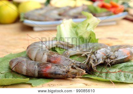 Shrimp and lemon chilli lemon grass kaffir lime leaves for soup spicy
