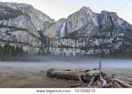 Upper Yosemite Fall, Yosemite National Park, California, Usa