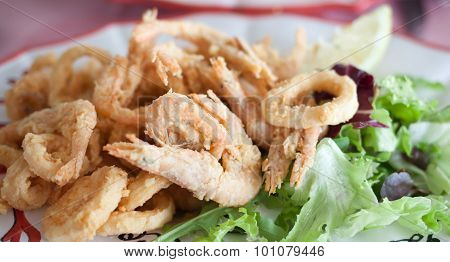 Close Up Fried Shrimp Squid Calamari