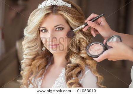 Make-up. Attractive Smiling Bride On The Wedding Day. Beautiful Blond Woman With Long Curly Hair Sty
