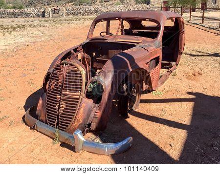 Rusting Old Truck - Helmeringhausen, Namibia