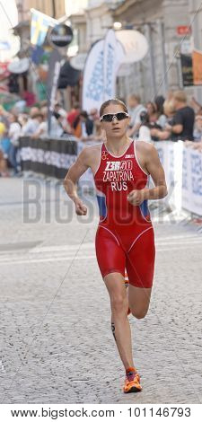 Triathlete Valentina Zapatrina Running
