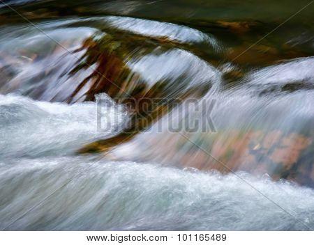 Detail Cascade Fall River