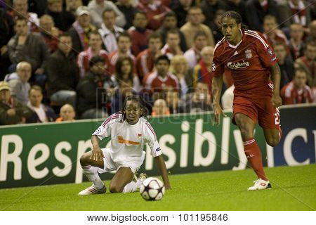 LIVERPOOL ENGLAND. 16 SEPTEMBER 2009. Luis Ramos playing for Debreceni VSC and Glen Johnson  playing in the Champions League Group E, match between Liverpool FC and Debreceni VSC at Anfield.