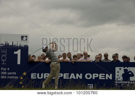 KENT ENGLAND, 27 MAY 2009. Rory MCILROY (GBR) teeing off on the  first tee playing in the first round of the European Tour European Open golf tournament.