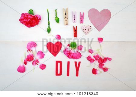 Diy Text With Clothespins And Carnations