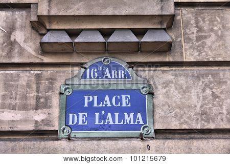 Paris Square
