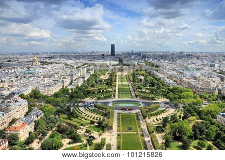 Paris Champ De Mars