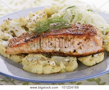 Salmon Fillet with Cauliflower and Fennel Salad