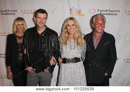 LOS ANGELES - SEP 9:  Kimberly Stewart, Ashley Hamilton, Alana Stewart, George Hamilton at the Farrah Fawcett Foundation Fiesta at the Wallis Annenberg Center on September 9, 2015 in Beverly Hills, CA