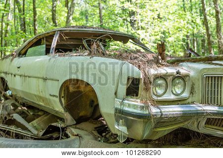 Old Wrecked Pontiac Bonneville