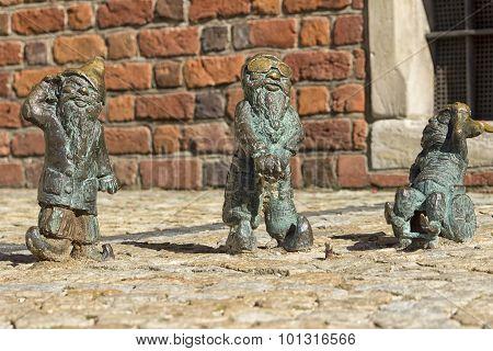 Deaf blind and mute dwarfs in Wroclaw