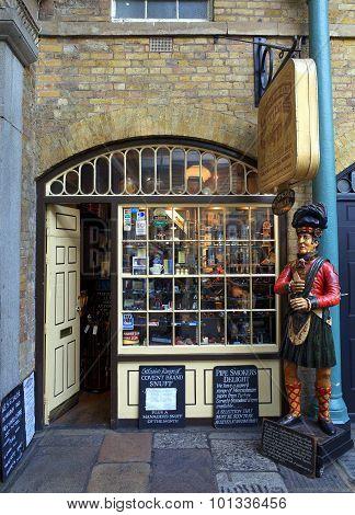 Tobacco Store London