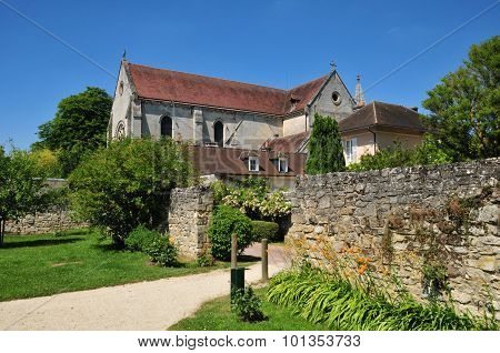 Picardie, The Picturesque Village Of  Saint Jean Aux Bois In Oise