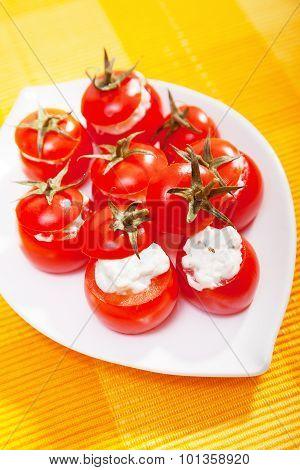 Stuffed Cherry Tomatoes With Cheese Cream