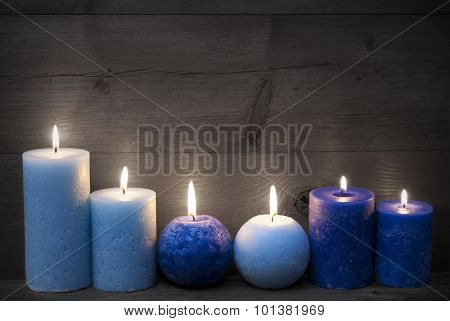 Black And White Christmas Decoration With Blue Candles