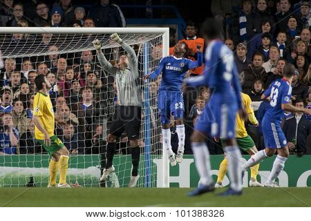 LONDON ENGLAND 23 NOVEMBER 2010. MSK Zilina's goalkeeper Martin D�ºbravka and Chelsea's forward Daniel Sturridge compete for the ball during the UEFA Champions League
