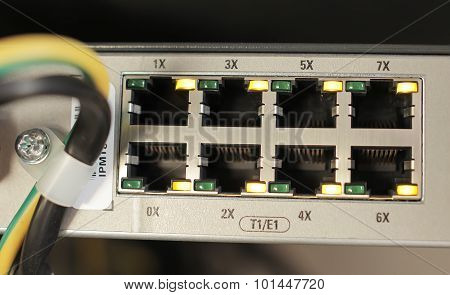 free slot multiplexer in the mobile station