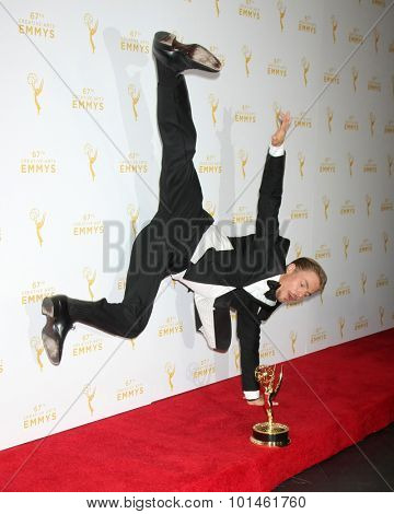 vLOS ANGELES - SEP 12:  Derek Hough at the Primetime Creative Emmy Awards Press Room at the Microsoft Theater on September 12, 2015 in Los Angeles, CA