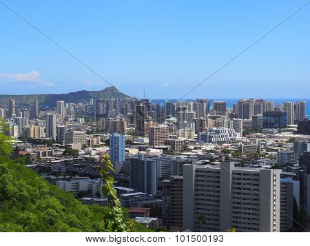 Honolulu Skyline from Mt Tanalus Round Top Drive