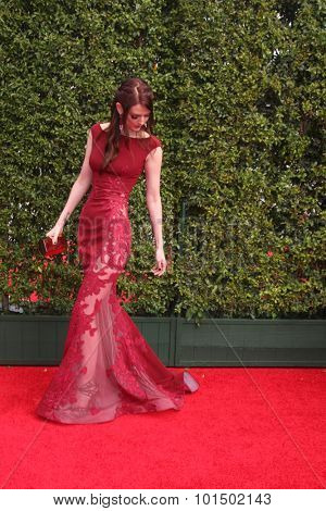 LOS ANGELES - SEP 12:  Lydia Hearst at the Primetime Creative Emmy Awards Arrivals at the Microsoft Theater on September 12, 2015 in Los Angeles, CA