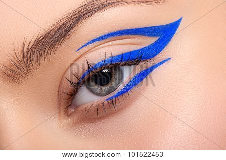 Beautiful And Colorful Eye Makeup.