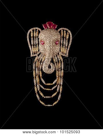 Diamond brooch with face of lord Ganesha.