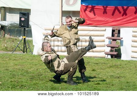 Show of special troops warriors against knife