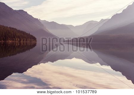 Bowman lake in Glacier National Park, Montana, USA