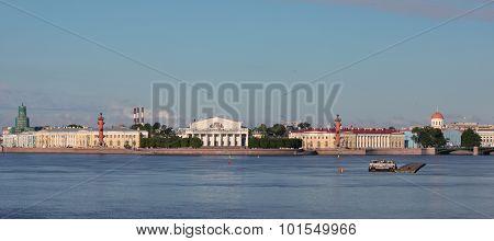 The Exchange building on Vasilevsky island. Saint-Petersburg, Russia
