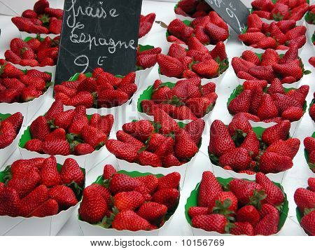 Strawberries in market, Nice