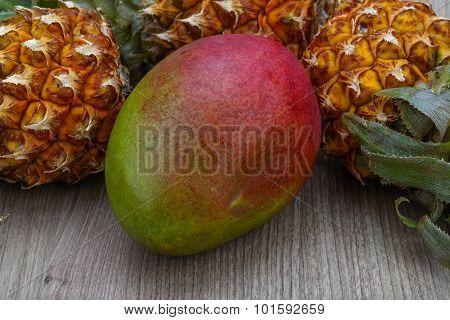 Mini Pineapple And Mango