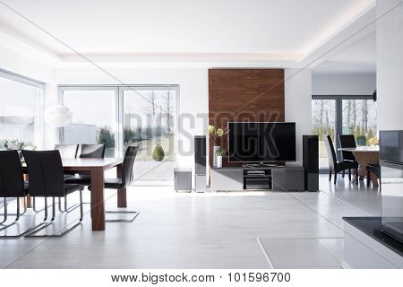House In Contemporary Desing