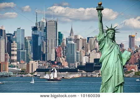 Tourism Concept For Beautiful New York City Skyline