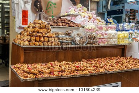 Oriental sweets in Jerusalem market