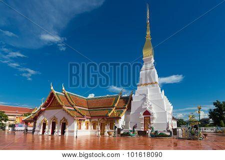 Thaitemple Wat Pratat Choeng Chum, Sakonnakon