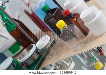 Laboratory Bottles with devices