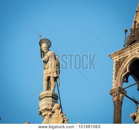 statue venice st marks
