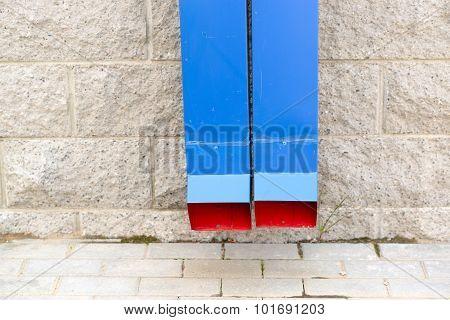 drain gutter system blue