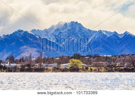 Beautiful Scenic Of Lake Wanaka In South Island New Zealand