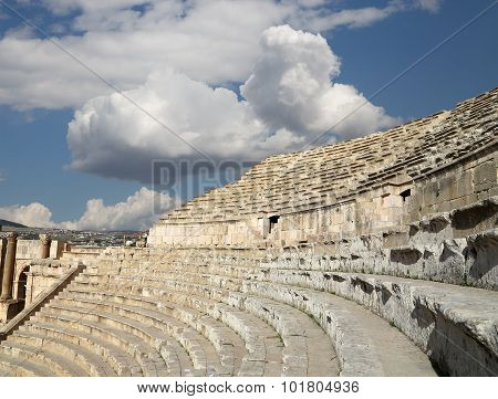 Amphitheater In Jerash (gerasa Of Antiquity), Capital And Largest City Of Jerash Governorate, Jordan