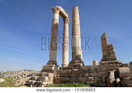 n Corinthian Columns At Citadel Hill, Amman, Jordan