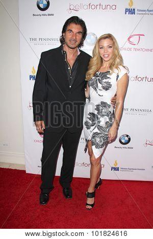 LOS ANGELES - SEP 15:  Victor Alfieri, Jennifer Lyons at the