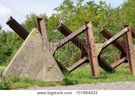 tanks barrier border zone
