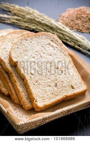 Whole Grain Bread Slice / Whole Grain Bread / Whole Grain Bread On Black Background